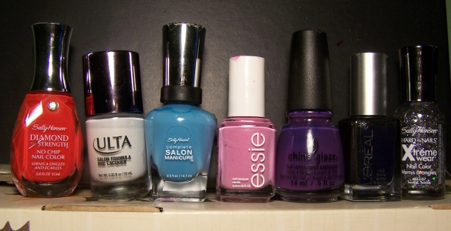 De izq, a der: Heart to Heart, Snow White, Himalayan Blue, Cascade Cool, Grape Pop, Drop Dead Gourgeous y Twinkle Twinkle.