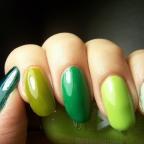 Random manicure: Verde, que te quiero verde